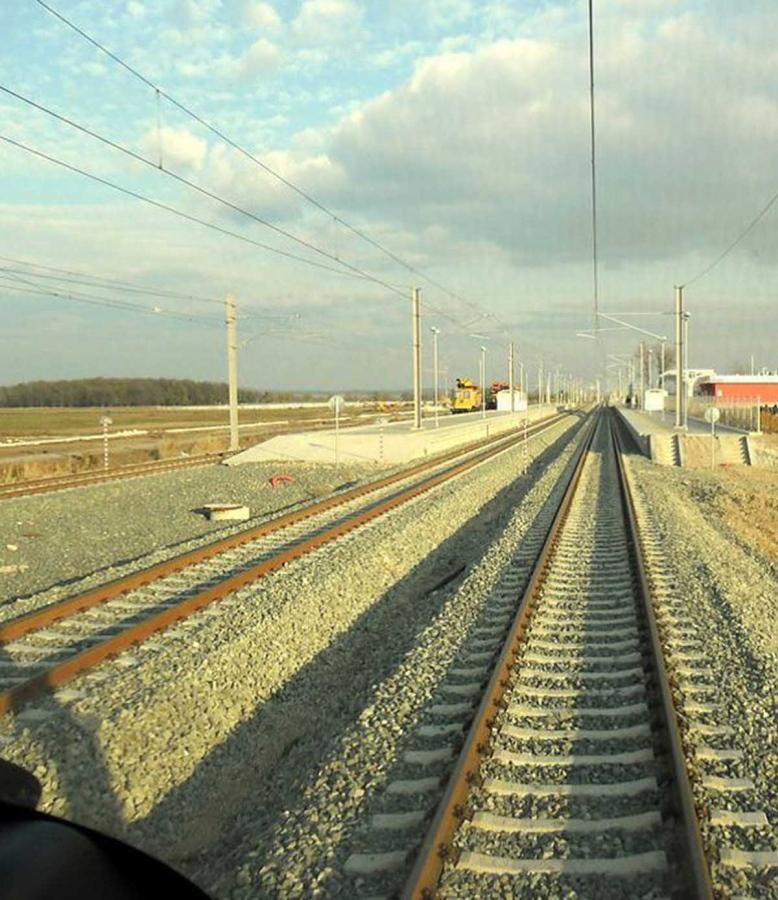Plovdiv-Svilengrad railway electrification and upgrading of corridors IV and IX.  Phase I: Kroumovo-Parvomai civil, track and electrification works - Bulgaria